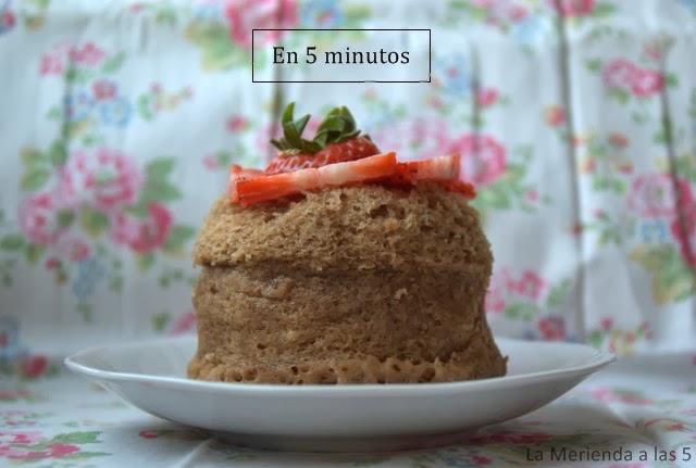 Bizcocho en 5 minutos by La Merienda a las 5