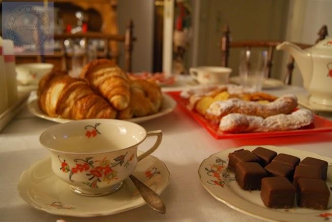 2 meriendas de navidad la merienda a las 5 for Como poner una mesa bonita