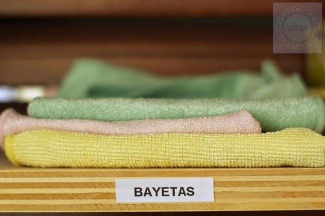 Cómo organizo los útiles de limpieza – la merienda a las 5